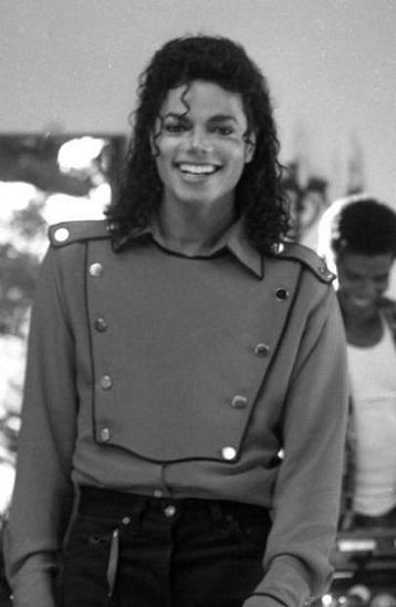 Il sorriso di Michael - Pagina 31 54539210