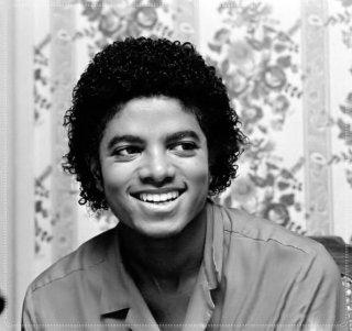 Il sorriso di Michael - Pagina 31 Dqg35u11
