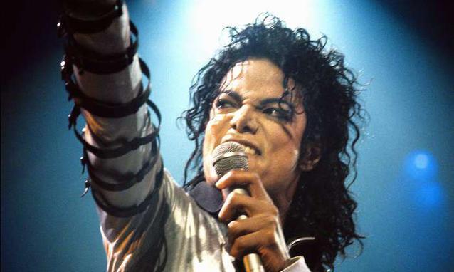 """[LIBRO] """"Untouchable"""" - biografia su MJ di Randall Sullivan  - Pagina 6 Michae10"""