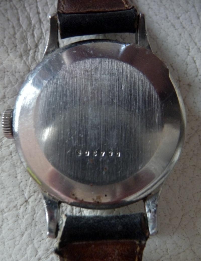 Jaeger -  [Le TOPIC des demandes d'IDENTIFICATION et RENSEIGNEMENTS de montres est ICI] - Page 40 17310