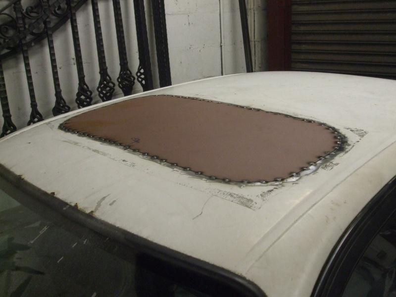 Bridgy's E10 hatch build. Sunroo12