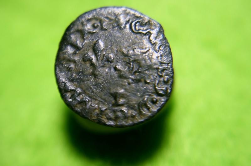 - HENRI III. MONNAYAGE AU NOM DE CHARLES IX Denier tournois du Dauphiné 1573 Grenoble Img_1416