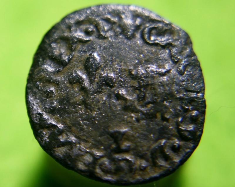 - HENRI III. MONNAYAGE AU NOM DE CHARLES IX Denier tournois du Dauphiné 1573 Grenoble Img_1510