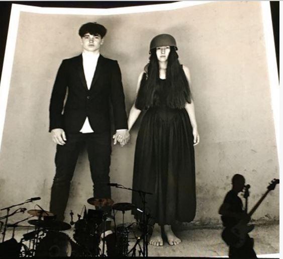 U2   - Page 19 U10