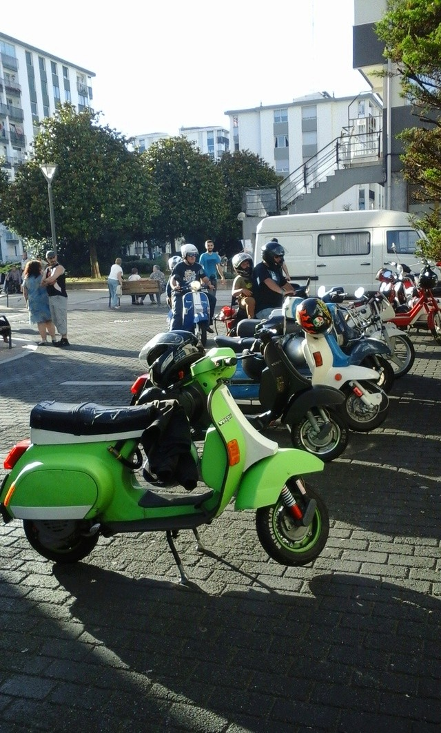 Customizadas vs Vespas y Lambrettas 17-6-2017 05711