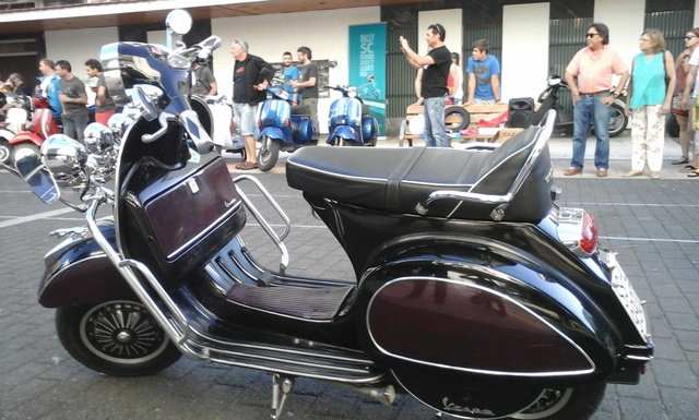 Customizadas vs Vespas y Lambrettas 17-6-2017 06010