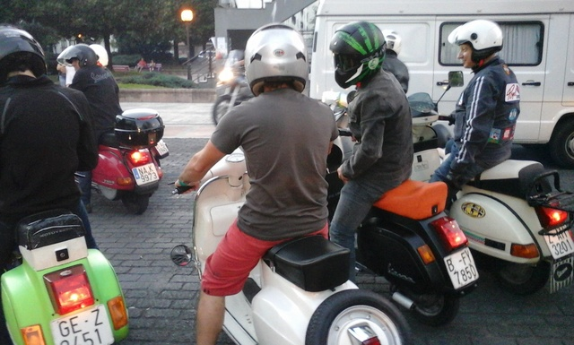 Customizadas vs Vespas y Lambrettas 17-6-2017 06710