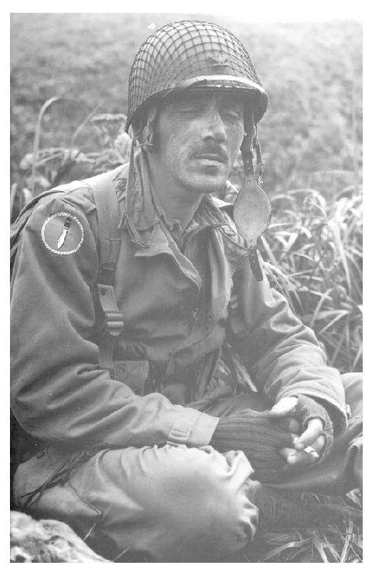 Les Images de la Seconde Guerre Mondiale - Page 17 E08fd210