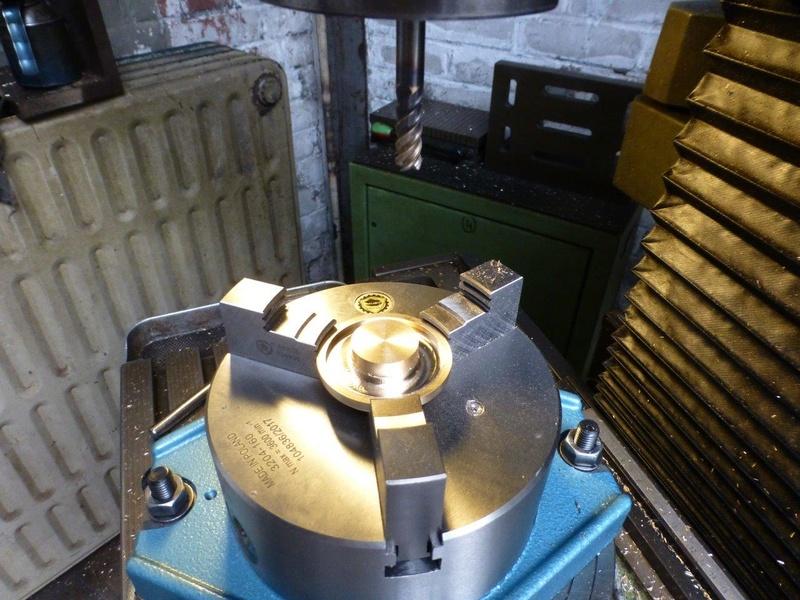 carburateur - CHAPEAU DE CUVE CARBURATEUR MILLOT T14 n° : 2 de 1922 P1040723