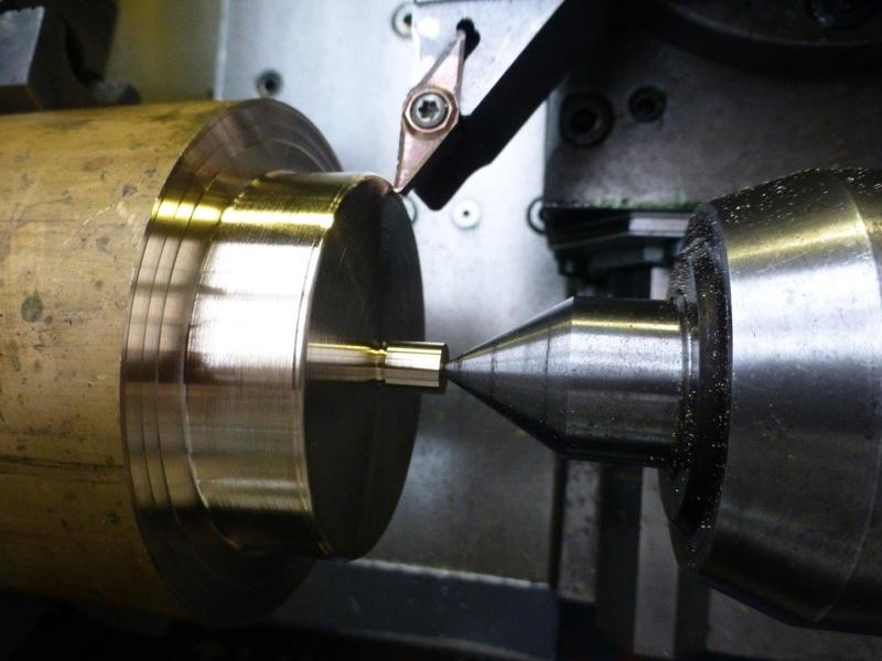carburateur - CHAPEAU DE CUVE CARBURATEUR MILLOT T14 n° : 2 de 1922 P1040725