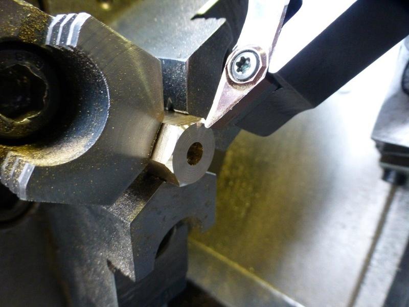 carburateur - CHAPEAU DE CUVE CARBURATEUR MILLOT T14 n° : 2 de 1922 P1040734