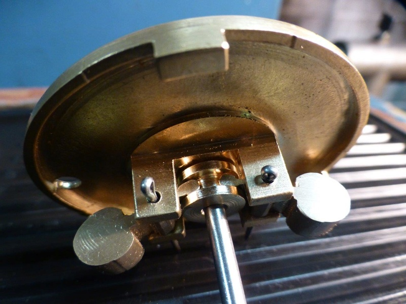 carburateur - CHAPEAU DE CUVE CARBURATEUR MILLOT T14 n° : 2 de 1922 P1040742