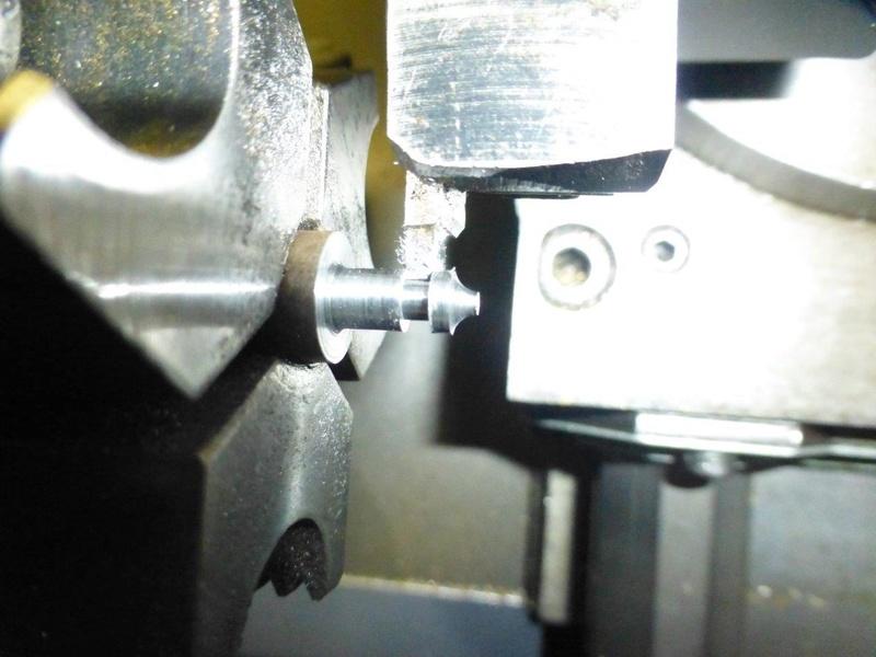 carburateur - CHAPEAU DE CUVE CARBURATEUR MILLOT T14 n° : 2 de 1922 - Page 2 P1040818
