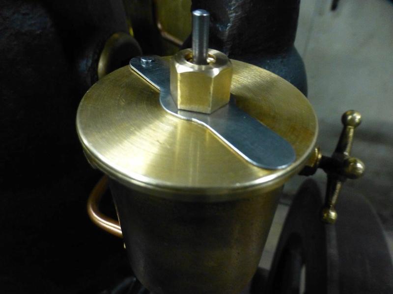 carburateur - CHAPEAU DE CUVE CARBURATEUR MILLOT T14 n° : 2 de 1922 - Page 2 P1040821