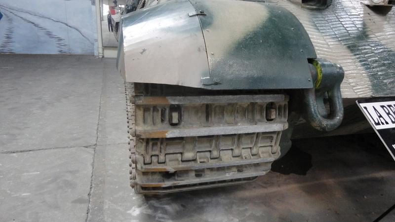 tiger - king tiger Ausf b de chez ZVEZDA  Dsc04512
