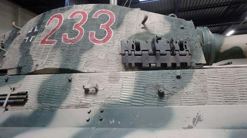 tiger - king tiger Ausf b de chez ZVEZDA  Dsc04514