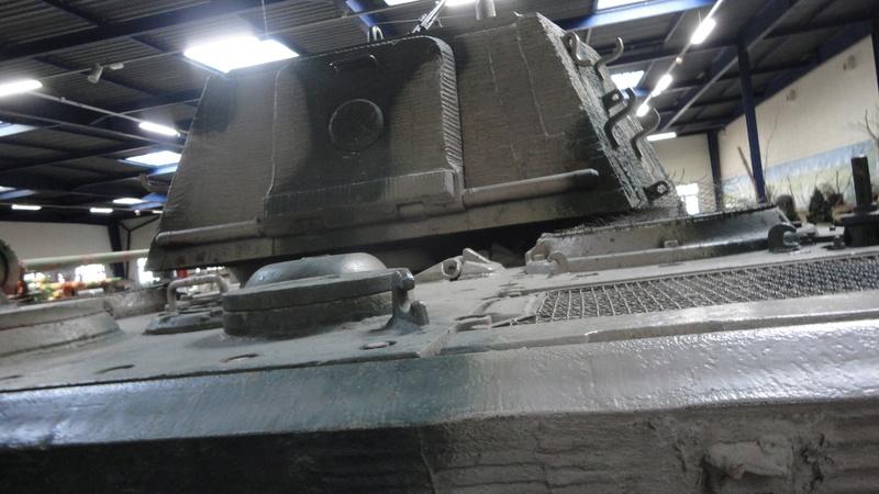 tiger - king tiger Ausf b de chez ZVEZDA  Dsc04518
