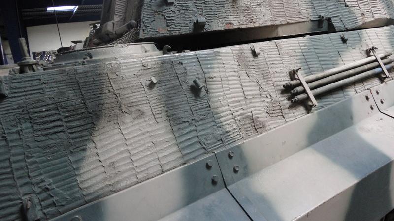 tiger - king tiger Ausf b de chez ZVEZDA  Dsc04519