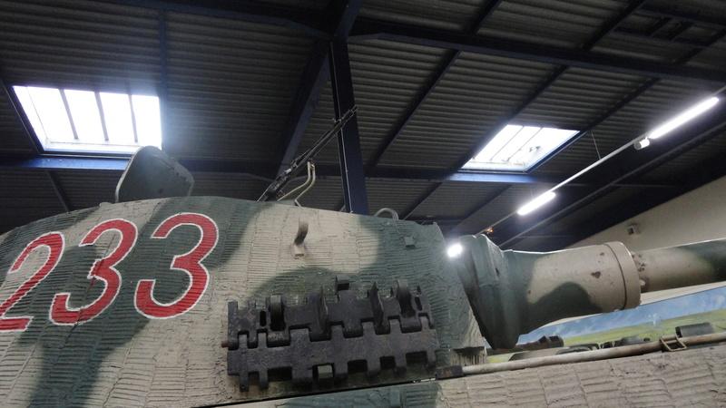 tiger - king tiger Ausf b de chez ZVEZDA  Visite23
