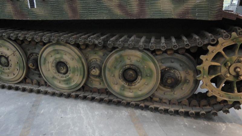 Tiger II, essais cam fin de conflit Visite72