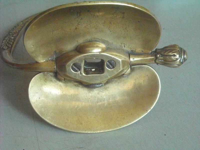 Système dit «à pompe» du fourbisseur Manceaux Dscn0020