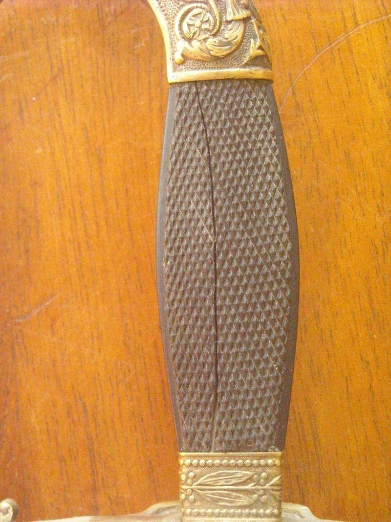 Une épée étonnante Dscn0213