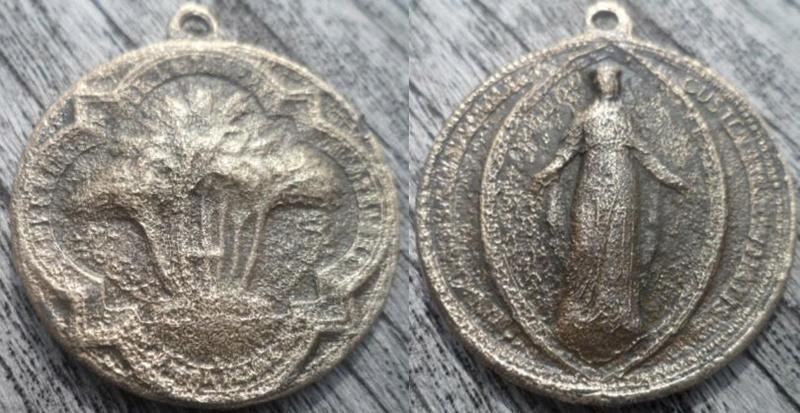 Médaille Notre-Dame de la Délivrance XIX èm Onbeke11