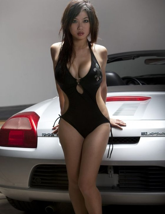 sexy bombe - Page 2 Toyota10
