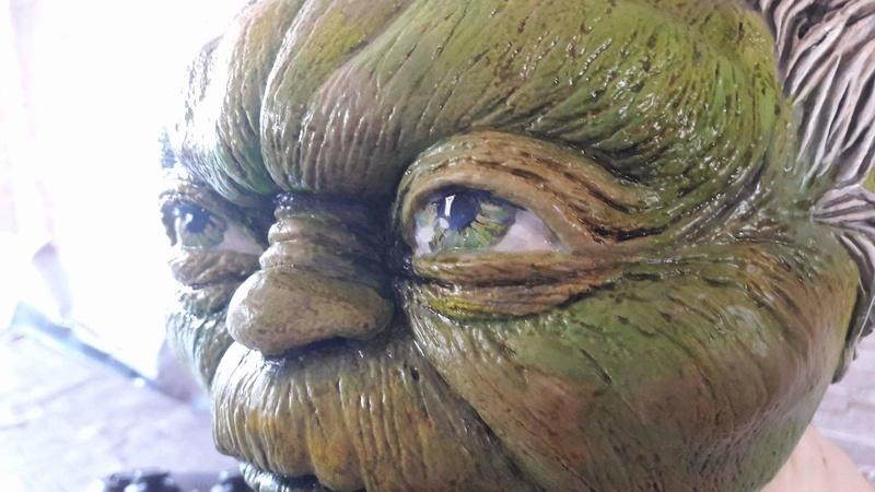 Yoda épisode III échelle 1 Receiv19