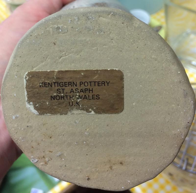 Slab rolled vase, Dorothy Stopes, Kentigern Pottery, St Asaph, Wales  Img_1116