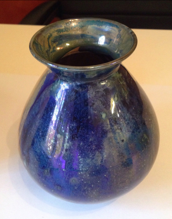 Studio lustre vase, signed - Continental?  Lustre11