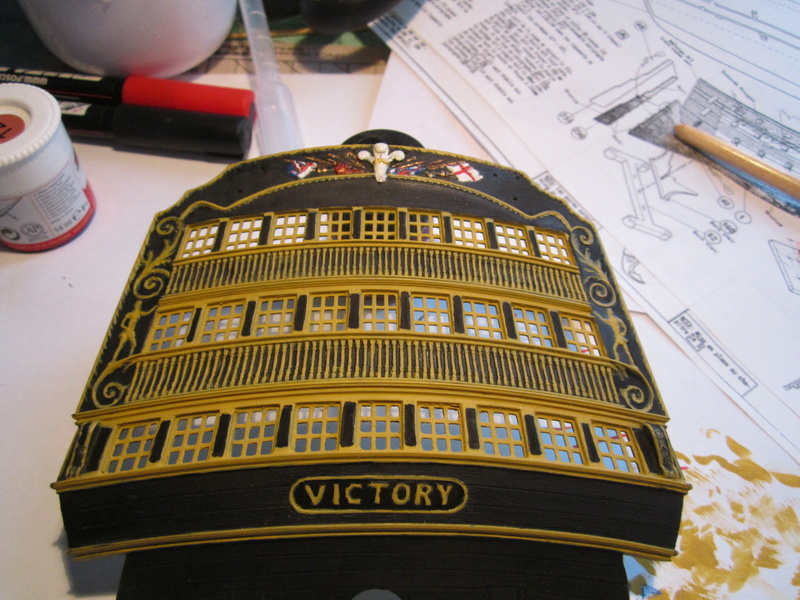 HMS Victory 1/100 Heller - Page 2 Img_0950