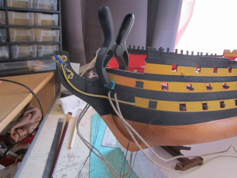 HMS Victory 1/100 Heller - Page 3 Img_1039