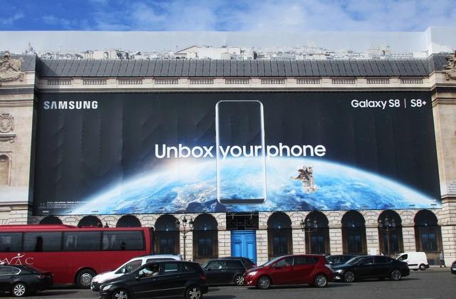 L'Hôtel de la Marine à Paris ''s'offre'' une publicité spatiale pour sa rénovation Img_0113