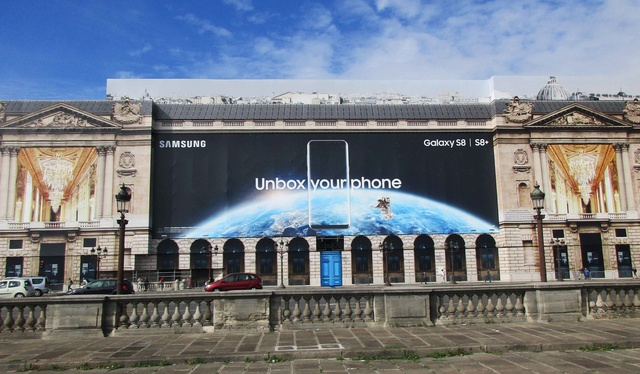 L'Hôtel de la Marine à Paris ''s'offre'' une publicité spatiale pour sa rénovation Img_0116