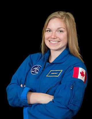 Sélection de deux nouveaux astronautes canadiens Jennif10
