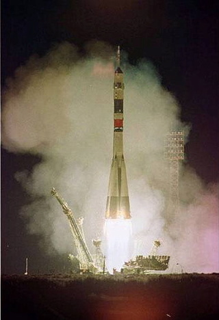 5 août 1997 - Mission Soyouz TM-26 / 20ème anniversaire Soyouz12