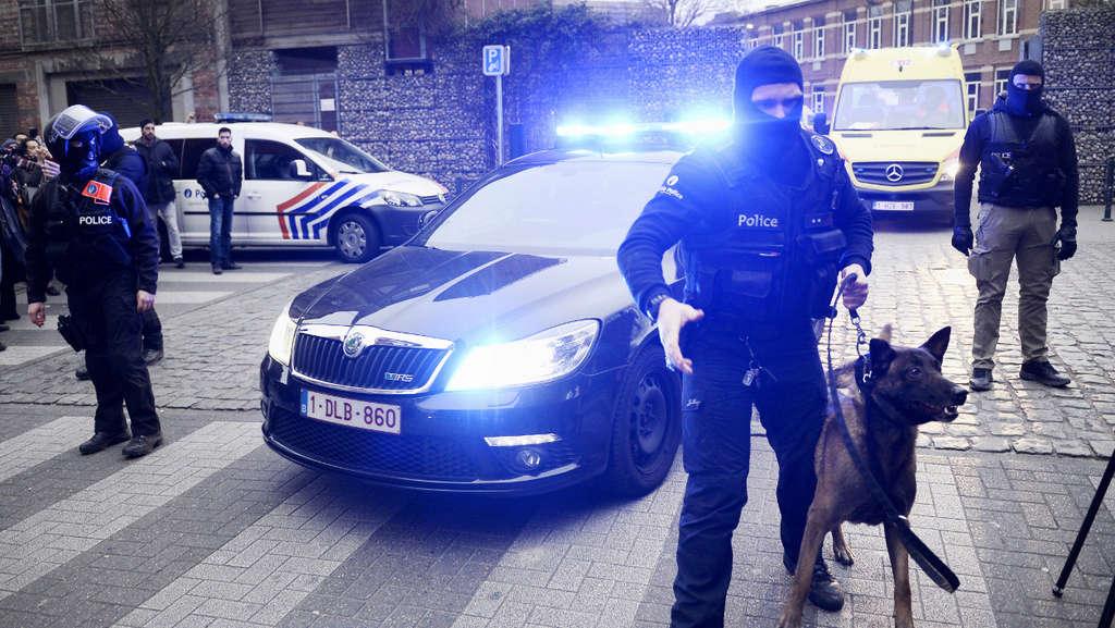 Skoda au service de la police - Page 5 2728a410