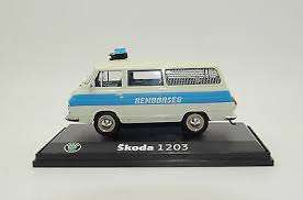 Skoda au service de la police - Page 5 Images14