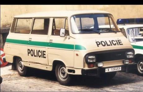 Skoda au service de la police - Page 5 Skoda-11