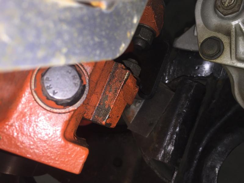 Le moteur a reculé de 1 pouce Img_2113