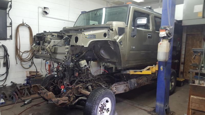 Duramax et transmission Allison dans un Hummer H2  20161210