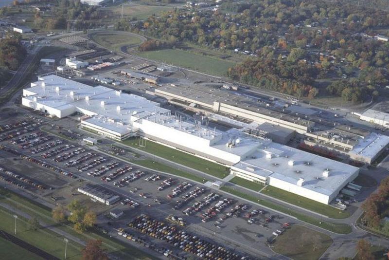 Une usine américaine de Hummer, le 4x4 ultra-polluant, s'apprête à fabriquer des voitures électriques ; INFO ou INTOX ?! Unname10