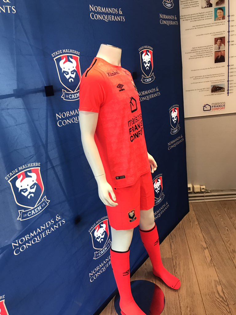 Maillots 2017-2018 - Page 2 Image11
