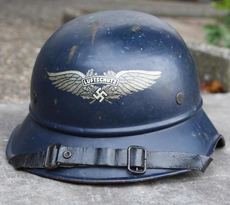 Casque Luftschutz Casqu111