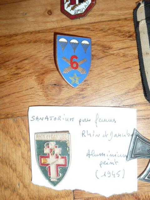 Ordres, médailles, insignes, Ritterkreuzträger, Naginatas, 17ème Hussard de Braunschweig, Mein Kampf, Fahrtenmesser HJ, croix de fer, insignes régimentaires...... P1530325