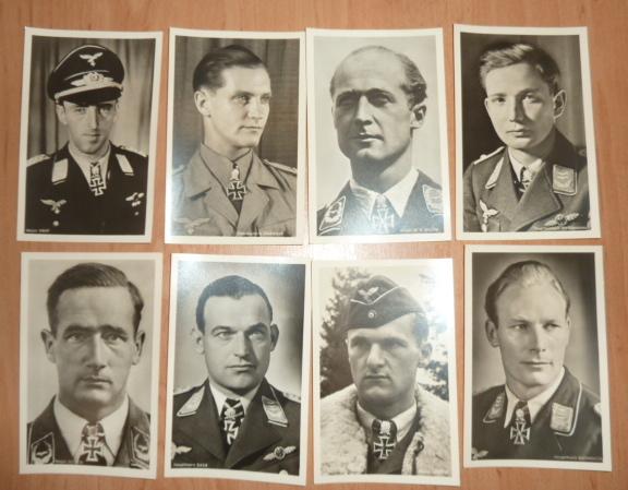 Ordres, médailles, insignes, Ritterkreuzträger, Naginatas, 17ème Hussard de Braunschweig, Mein Kampf, Fahrtenmesser HJ, croix de fer, insignes régimentaires...... P1530332