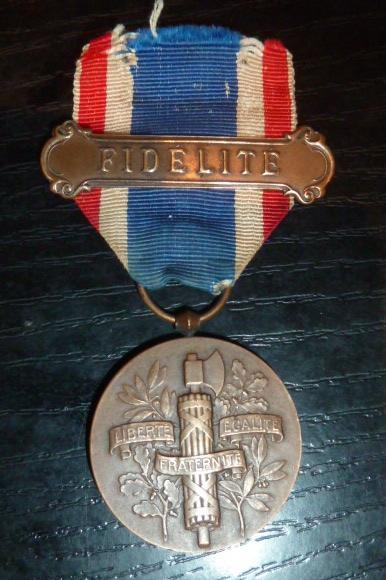 """Médaille """"Fidélité"""" 1922 P1530611"""