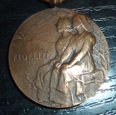 """Médaille """"Fidélité"""" 1922 P1530613"""