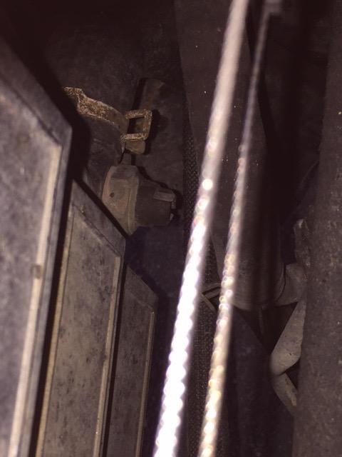 Urgent problème de ventilation moteur  Img_0118